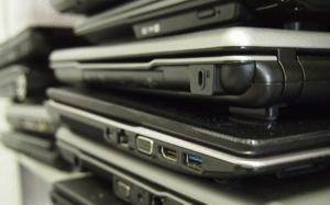 laptopnapolici